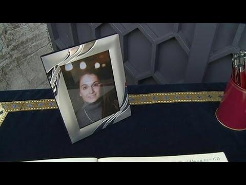 Ιταλία: Πατέρας θύματος στο Μπατακλάν καλεί και ιμάμη στην κηδεία της κόρης του!