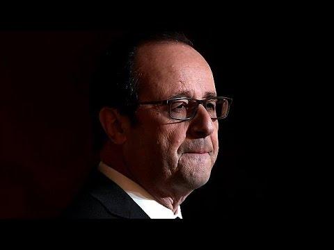 Ο Φρανσουά Ολάντ «ξαναμοιράζει την τράπουλα» στην Αριστερά