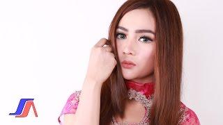 Salsiah - Enaknya Dikamu (Official Lyric Video)