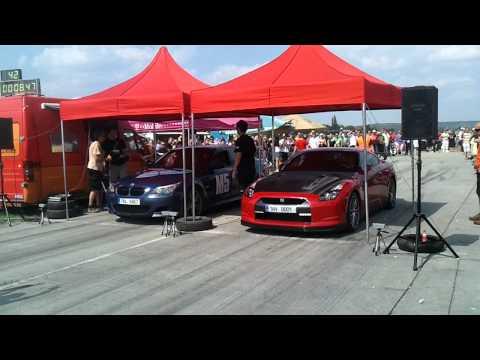 تحدي نيسان و بي ام ام 5 -BMW M5 VS Nissan GT