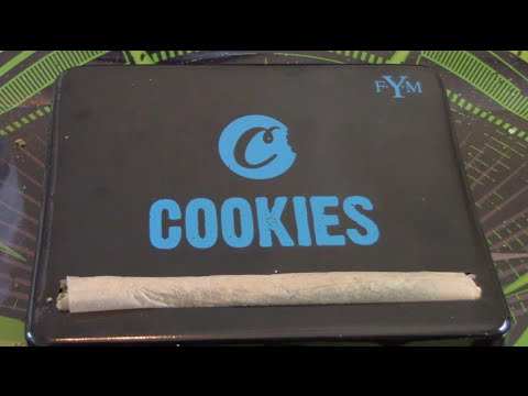 CSTV. Product Review : Raw x Cookies Automatic Rolling Box