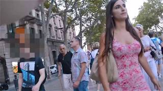 Video Una chica, un vestido y Barcelona MP3, 3GP, MP4, WEBM, AVI, FLV Juli 2018