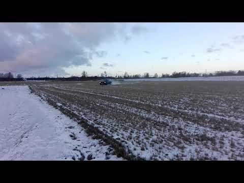 Volvo xc90 2.5 perol manual fun in winter