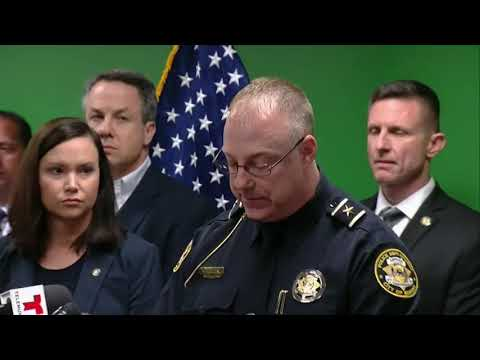 Sebring police chief laments the death of five women who were killed when a gunman took over SunTrust Bank branch in Sebring, Florida (Jan. 24)