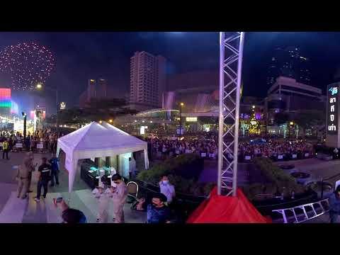 ชมพลุ 6 พันนัดรูปแบบ VR เคาท์ดาวน์ Centralworld Bangkok Countdown 2021