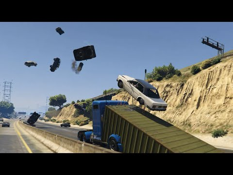 GTA V's Ramp Truck Destroys All The Cars