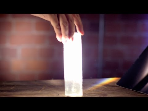 Newton's Light Spectrum Experiment - In Search Of Science - Earth Lab