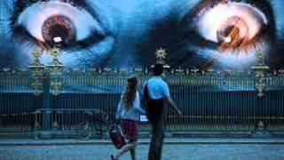 Beatfreakz - Somebodys Watching Me