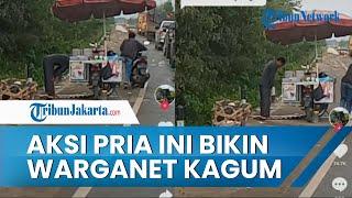 Viral Video Penjual Keliling Salat di Pinggir Jalan saat Macet, Aksinya Jadi Pujian Warganet