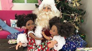 Christmas Morning 2017! Santa Brings Gifts   Naiah & Elli Doll Show #14