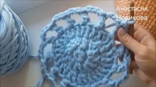Вяжем коврик из ленточной пряжи крючком