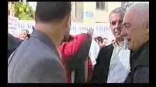Τσιαμτσίκας εναντίον βενζινοπωλών που διαβάζουν slang.gr. (από Hank, 20/01/09)