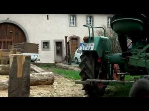 Kramer KL 11 mit Wagen Brennholz Suedwestdeutsches Bauernhaus Wustweiler Saarland