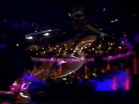 Elton John - I Need You to Turn to - Live in Australia 1986 HD