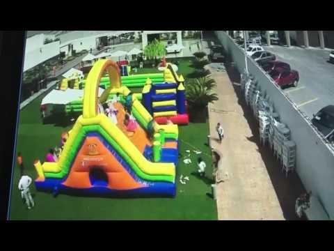 Menor grave al caer de inflable arrastrado por el viento en SLP