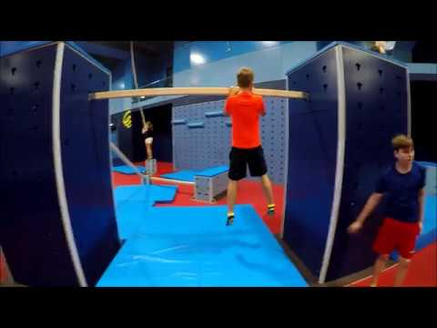 Gymnastik mit Nackenschmerzen