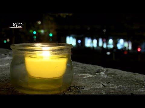 Des bougies aux fenêtres pour Notre-Dame...
