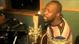 Wyclef Jean medley (Knockin' on Heaven's Door, No Woman no Cry, 911, etc..)