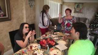 Мама Люда и Андрей в гостях у друзей