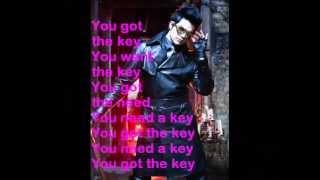 Adam Lambert - Love Wins Over Glamour (lyrics)