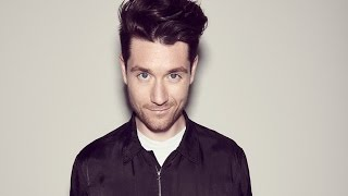 Dan Smith (Bastille) Studio Record VS. REAL Singing Voice