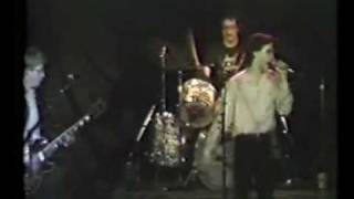 Cinecyde - Don't Come Crying to Me (Live in 1982)