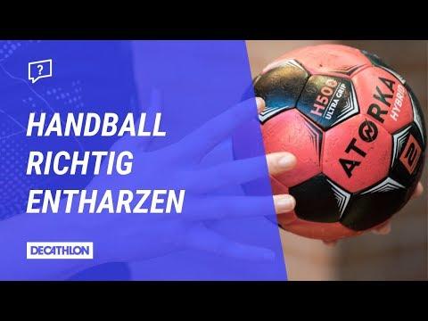 Wie reinigt man einen verharzten Handball?   Wir zeigen es euch!