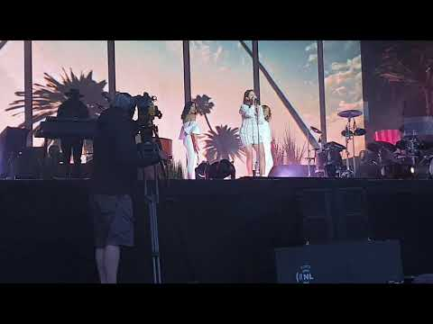 Lana Del Rey - Doin' Time | Live in Dublin