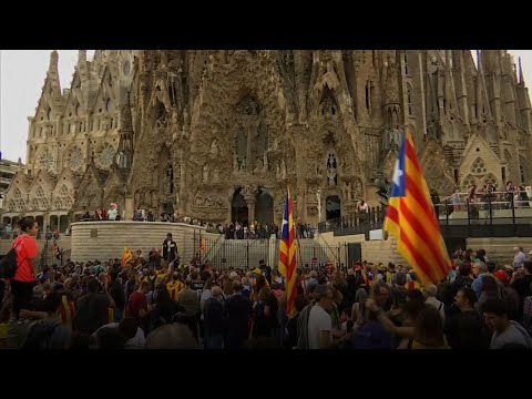 Barcelona protest after Catalan leaders jailed