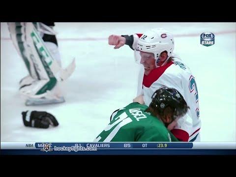 Travis Moen vs Antoine Roussel