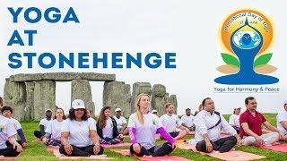 I did yoga inside STONEHENGE |  International Yoga Day / Summer Solstice
