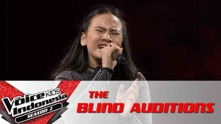 """Sabita """"Scared To Be Lonely""""   The Blind Auditions   The Voice Kids Indonesia Season 2 GlobalTV 2017"""
