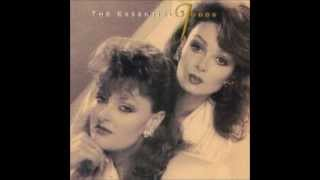 The Judds-Give A Little Love To Me