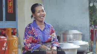 Mrs. Sat Lanch, the food vendor caring about hygiene and nutrition