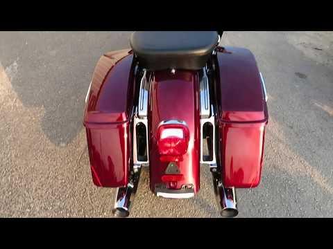 2016 Harley-Davidson Ultra Limited Low in Sanford, Florida - Video 1