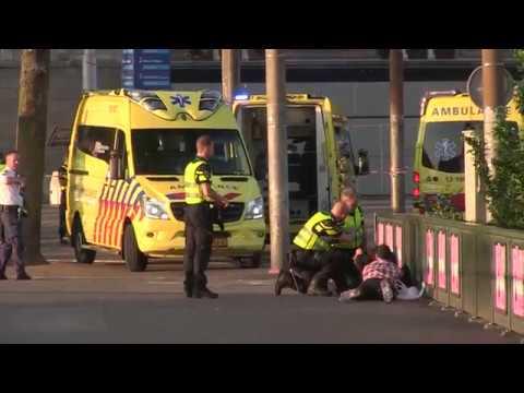 Gewonden bij aanrijding Amsterdam CS