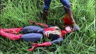 The Avengers Team Iron Man vs Team Cap Hulk Toys Fight Captain America Black Widow Thor Spider Man