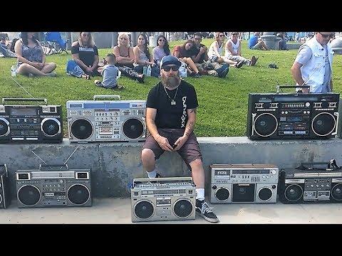 Vintage 80s boombox meet 2017 Venice Beach