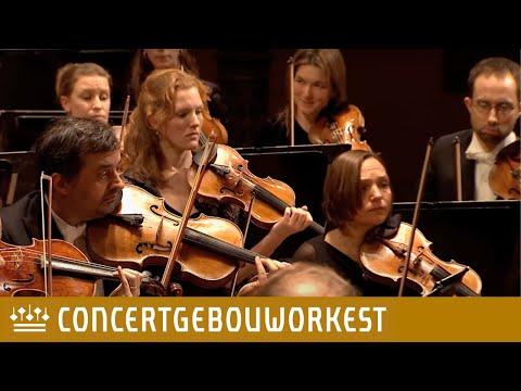 אחת מהתזמורות הטובות בעולם בביצוע מופלא לסימפוניה השביעית בטהובן