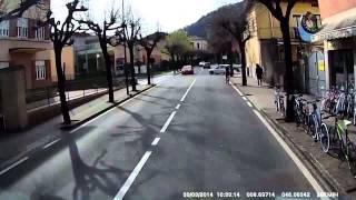 preview picture of video 'Anfahrtshilfe für Chauffeure, zum Markt in Cannobio (Italien)'