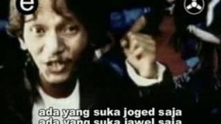 DEWI PERSIK - MACAM MACAM (OFFICIAL MUSIC VIDEO)