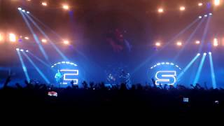 Chase & Status - End Credits (Live @ Bournemouth BIC 13/11/13)