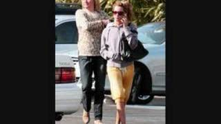 Pics of Ashley Tisdale and Her Mom Shopping in Hollywood