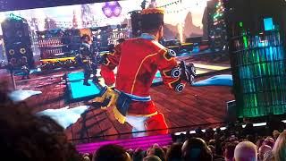 Apex Legend Mirage Holo-day  Bash Holiday Event Trailer Crowd Reaction The Game Awards 2019