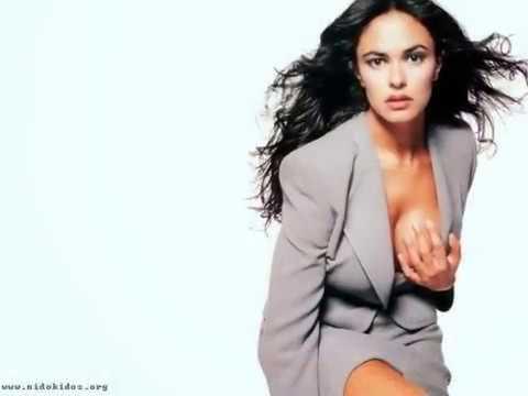 Maria Grazia Hot Video