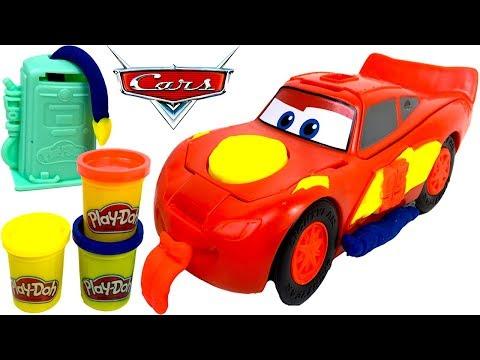 DISNEY PIXAR CARS RAYO MCQUEEN - PLAY DOH PLAYSET CON FIGURA DE MACUIN GASOLINERA Y RODILLO