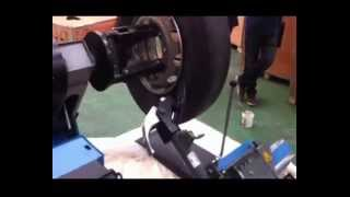 Best TR26 грузовой шиномонтажный стенд от компании Karcher и Nilfisk Alto - видео