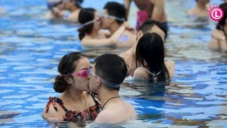 Our Lifestyle | Me with My Family Enjoy at Water Park & Sea Side