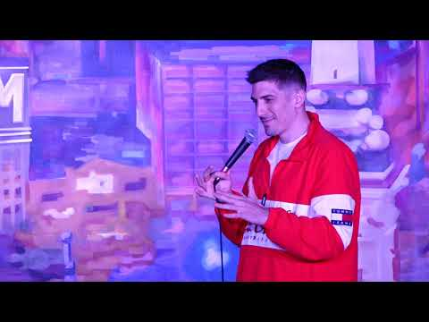 Guy with Underage girl in front row | Andrew Schulz | Stand Up Comedy