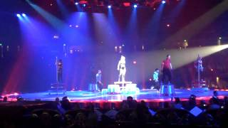 [HD] Radar (Britney Spears Circus Tour - Sacramento 041109)